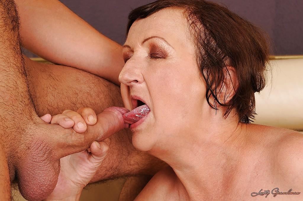 cum-licking-one-inch-wide-anal-hole