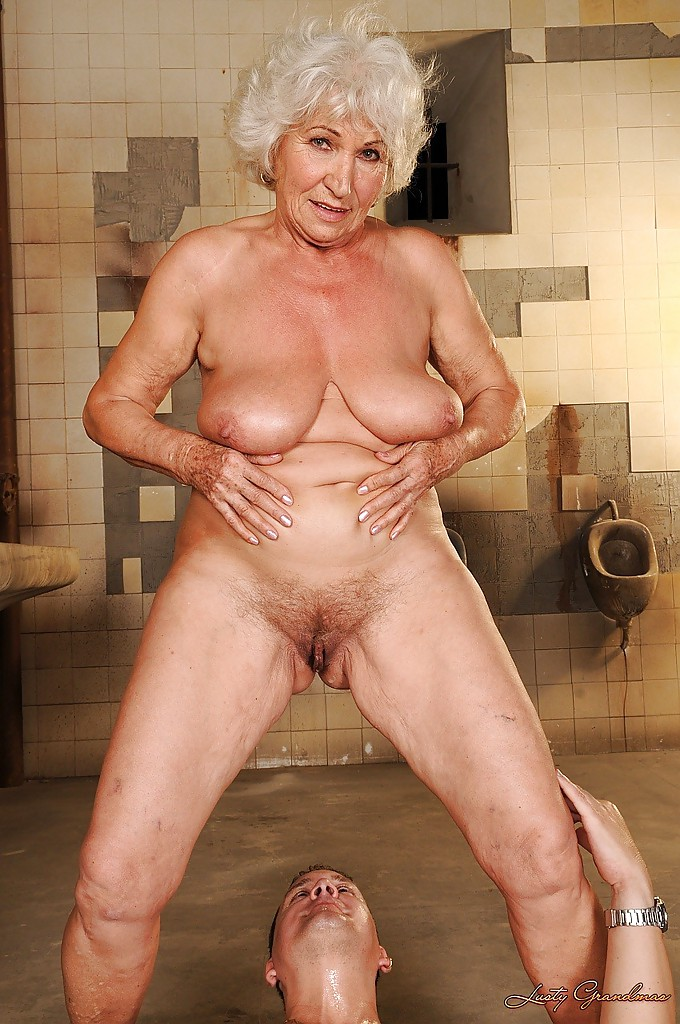 Nude pictures of grandmas with big tits