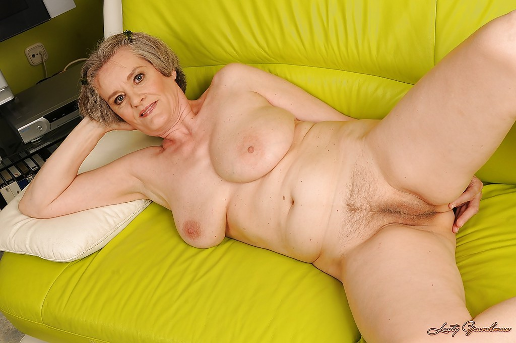 Curvy oldest naked grannies spreading