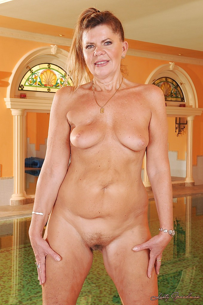 hot sexy skinny blondes woman in the nude photos