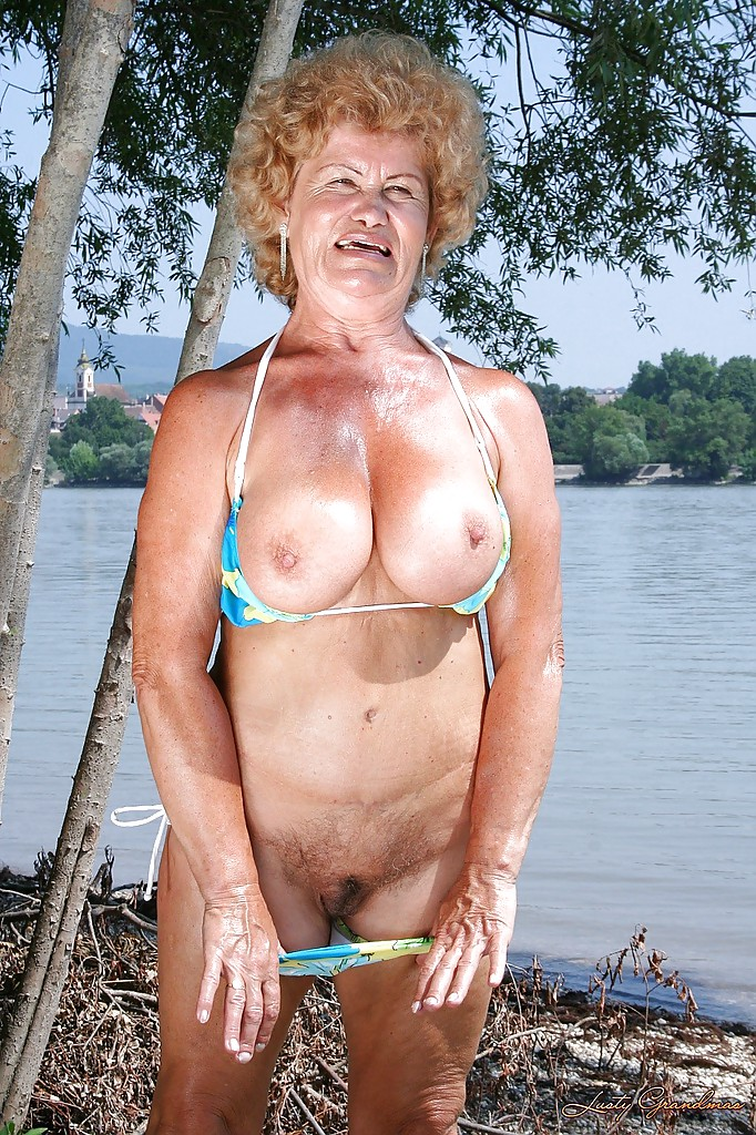 Naked granny outside pics all