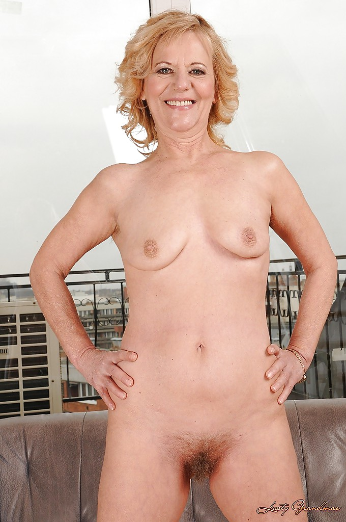 Amateur milf free ones