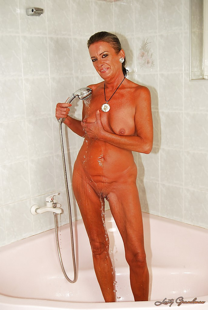 Mature Small Tits Shower