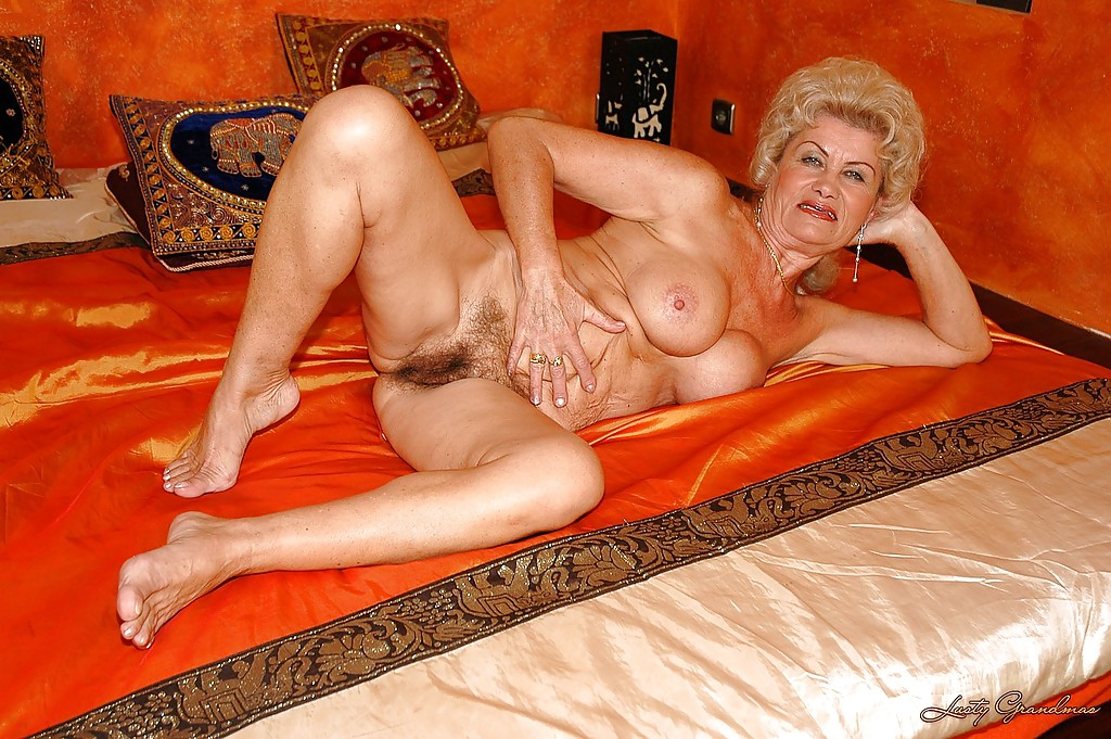 Mom and son hardcore sex pics