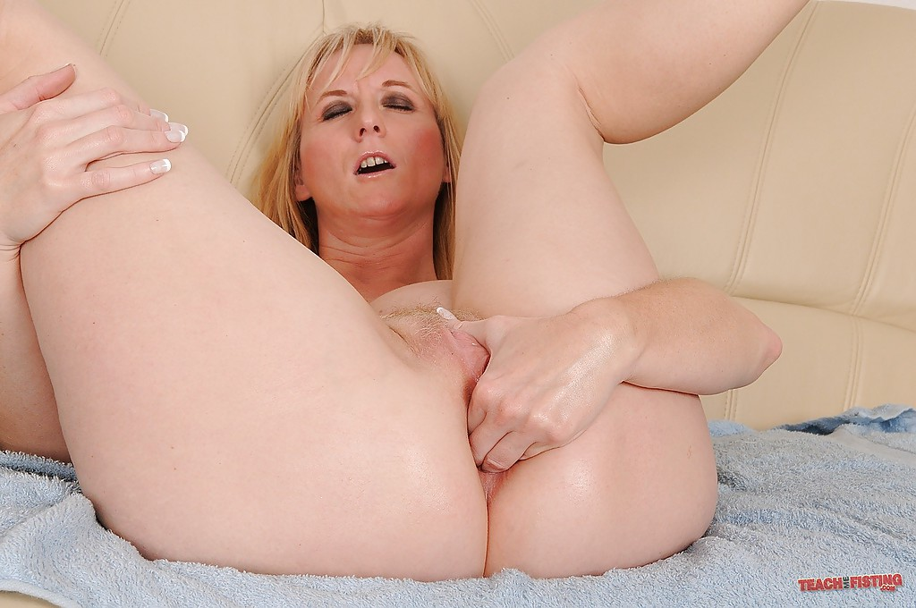 Mature blond fuck