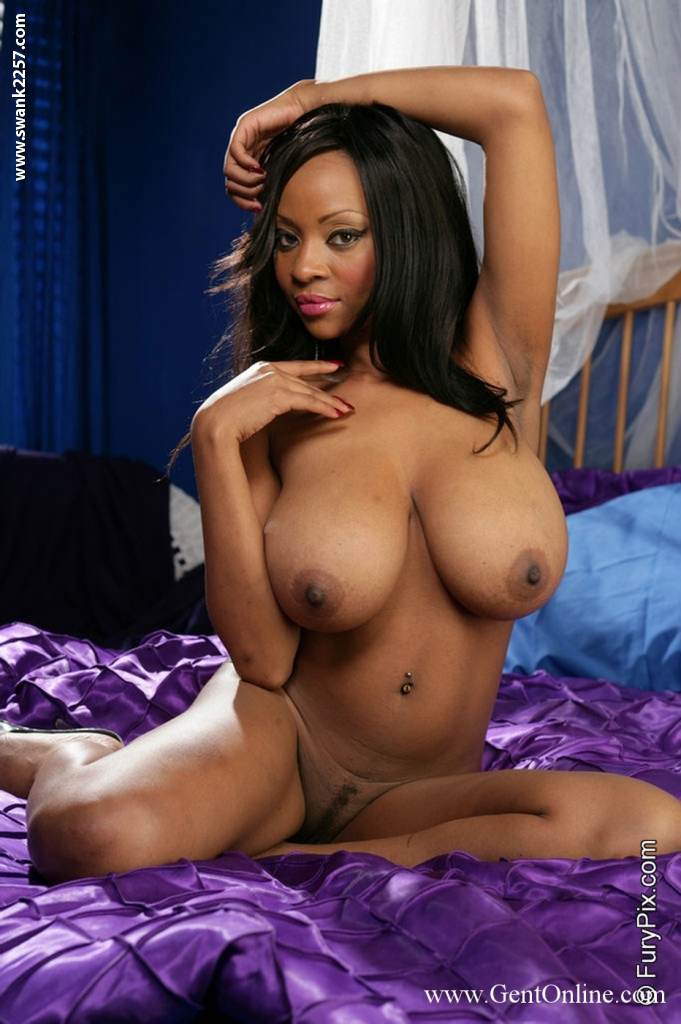 Natural ebony boobs