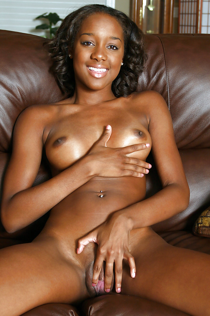 Black sex woman masturbate