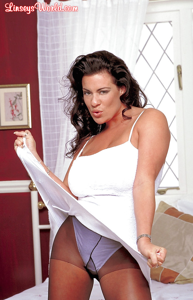 Linsey Dawn In Pantyhose