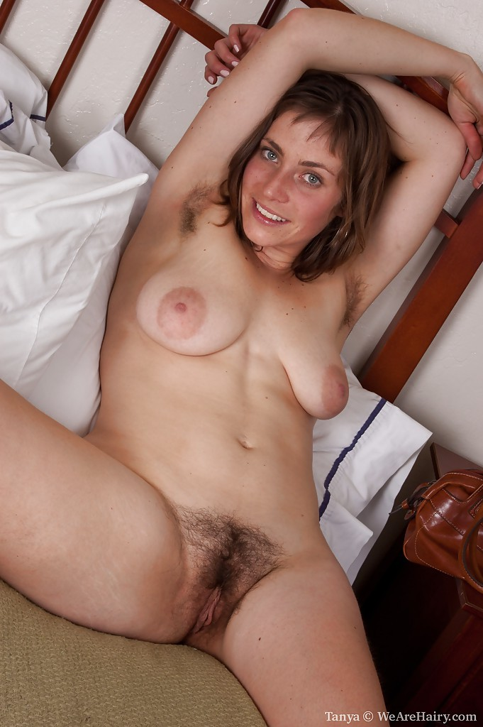 Milf with hairy armpits