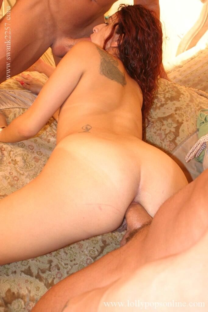Lascivious latina babe gets blowbanged and fucked by two lucky guys