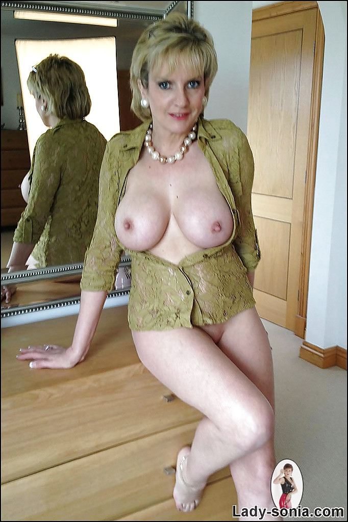mature tits lady