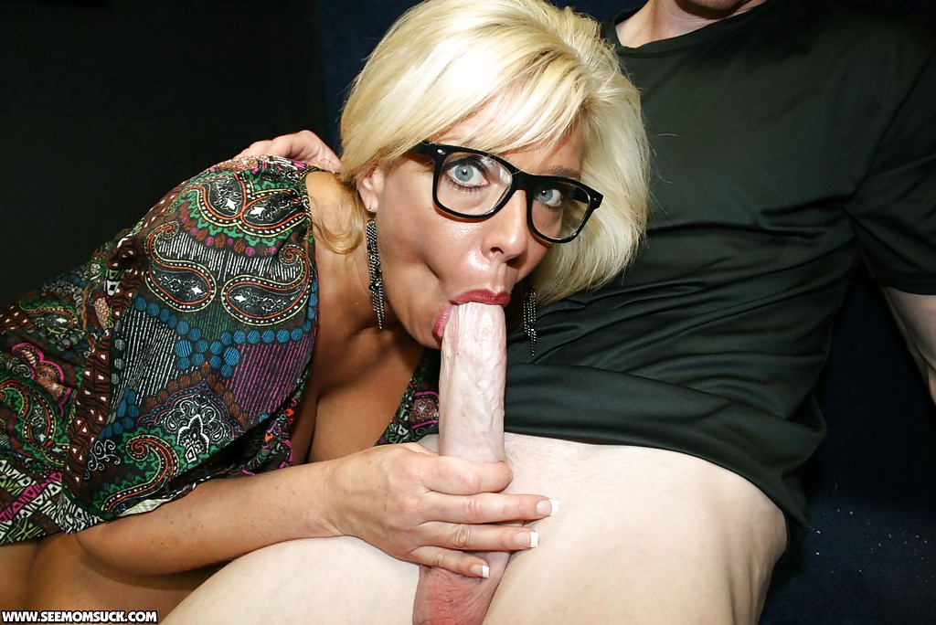 Piss drinking blonde takes a leak and gets a surprise visit 5