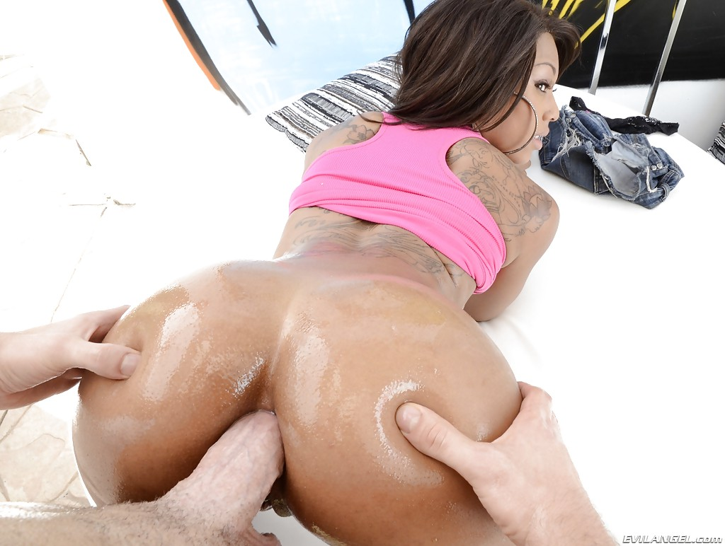 Hawaiian naked girls with big ass commit