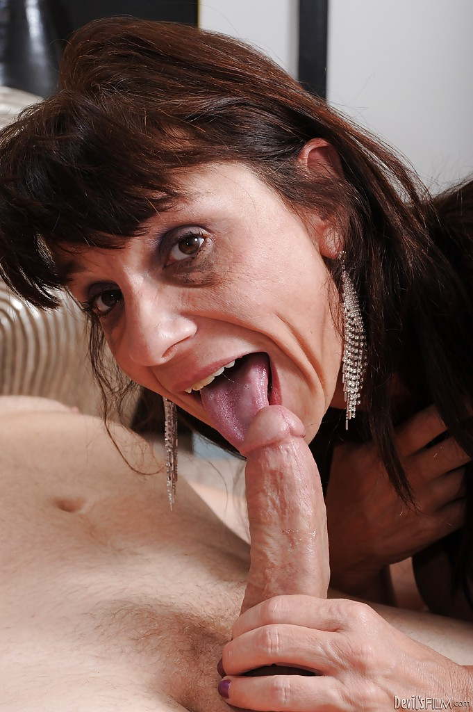 blowjob lady