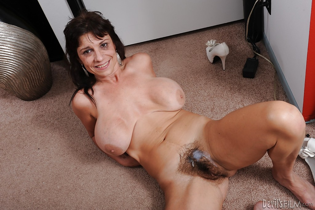 Mature ladies cum shots