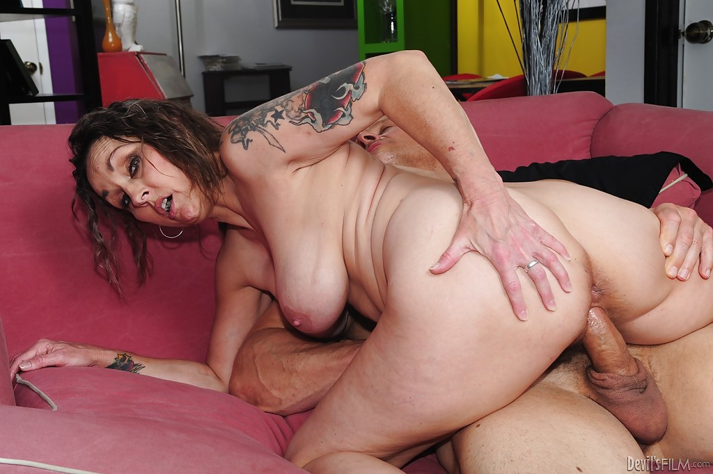 mistress Hairy elisa mature