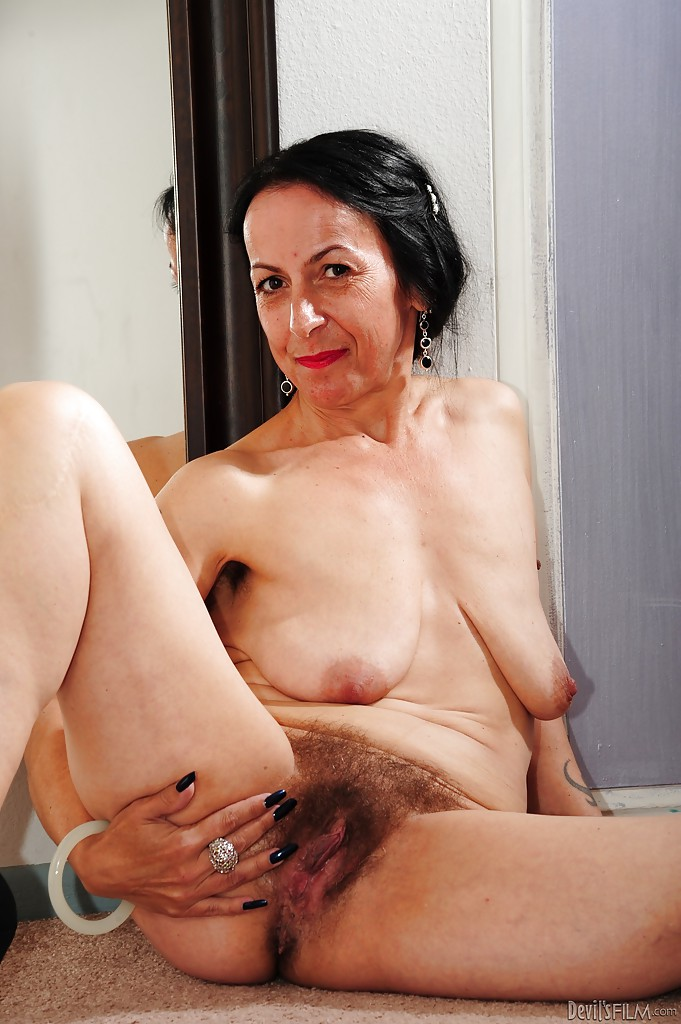 Will nude milf post apologise, but