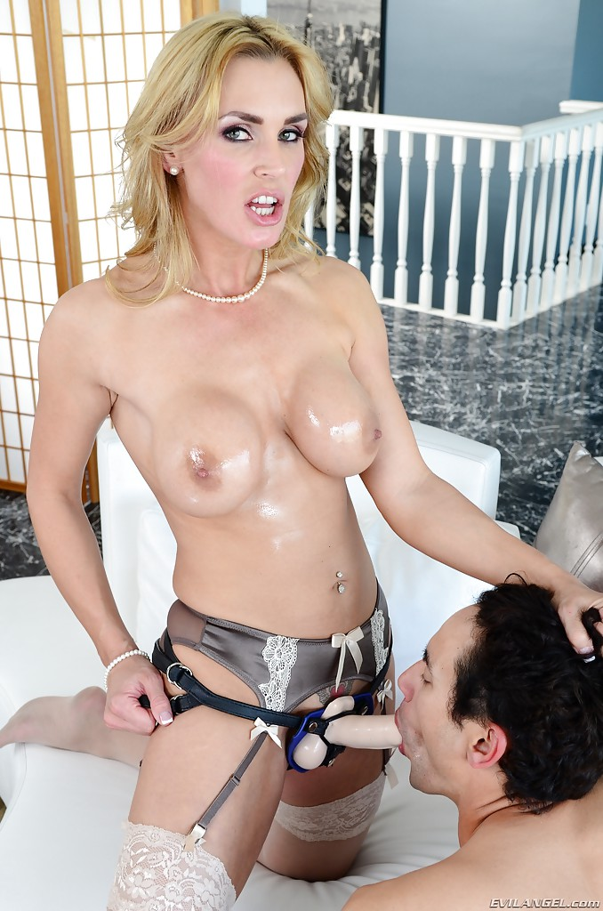 Milf Fucks Guy With Strapon