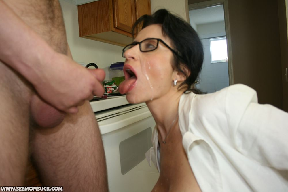Tall milf in glasses gets fucked — pic 3