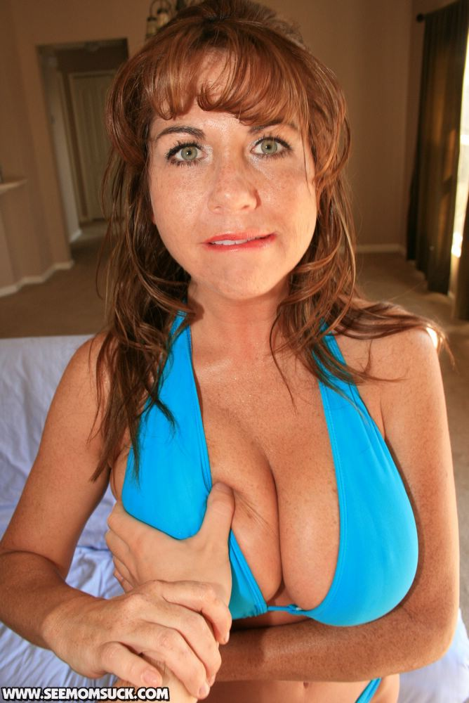 Sexy mature moms naked