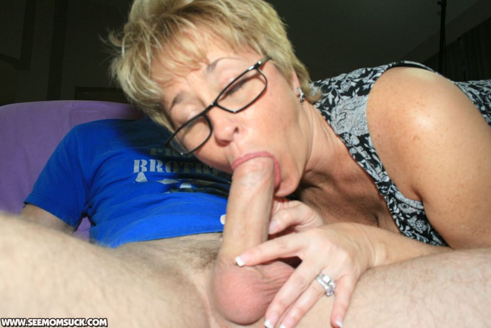 Mature blonde gives great head