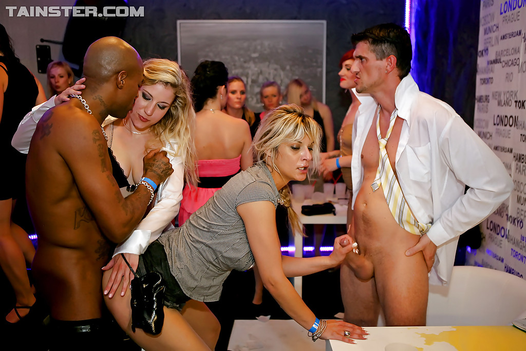 Office fuck party