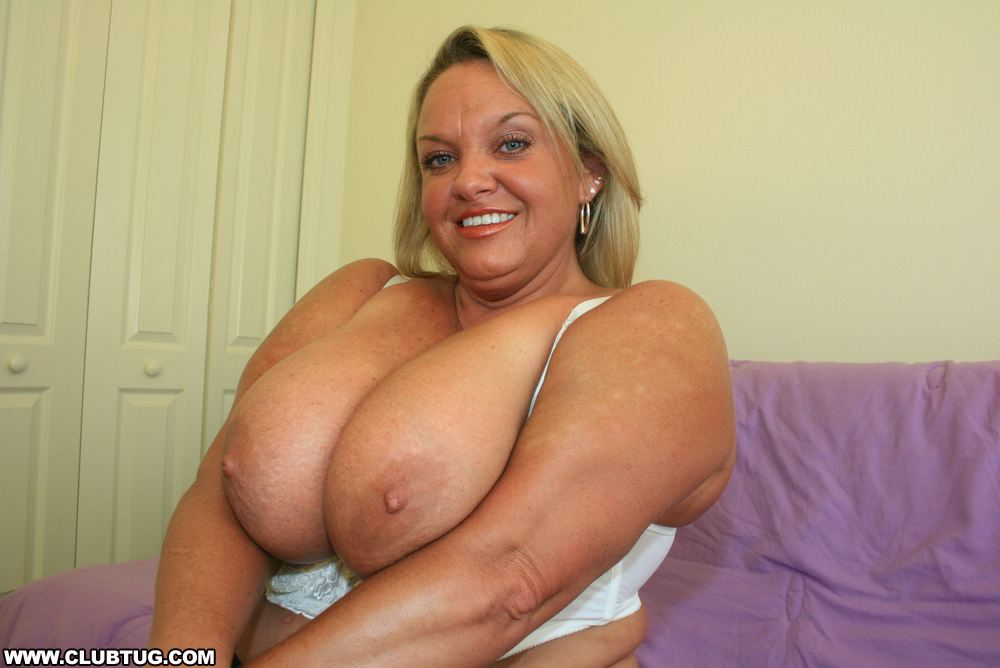 Big tit bbw blonde handjob