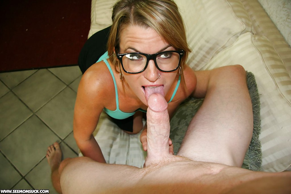 Blonde Mature Blowjob Pov