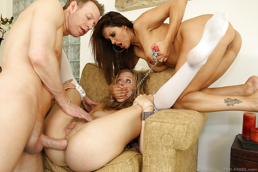 Luna Star Anal Threesome