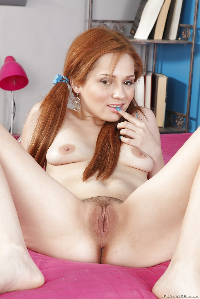 Jennifer Redhead Creampie Video