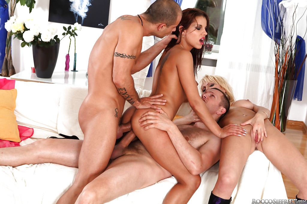 Foursome hot group sex
