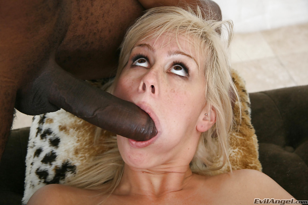 Deepthroat anal play big tongue abigail dupree - 1 part 7