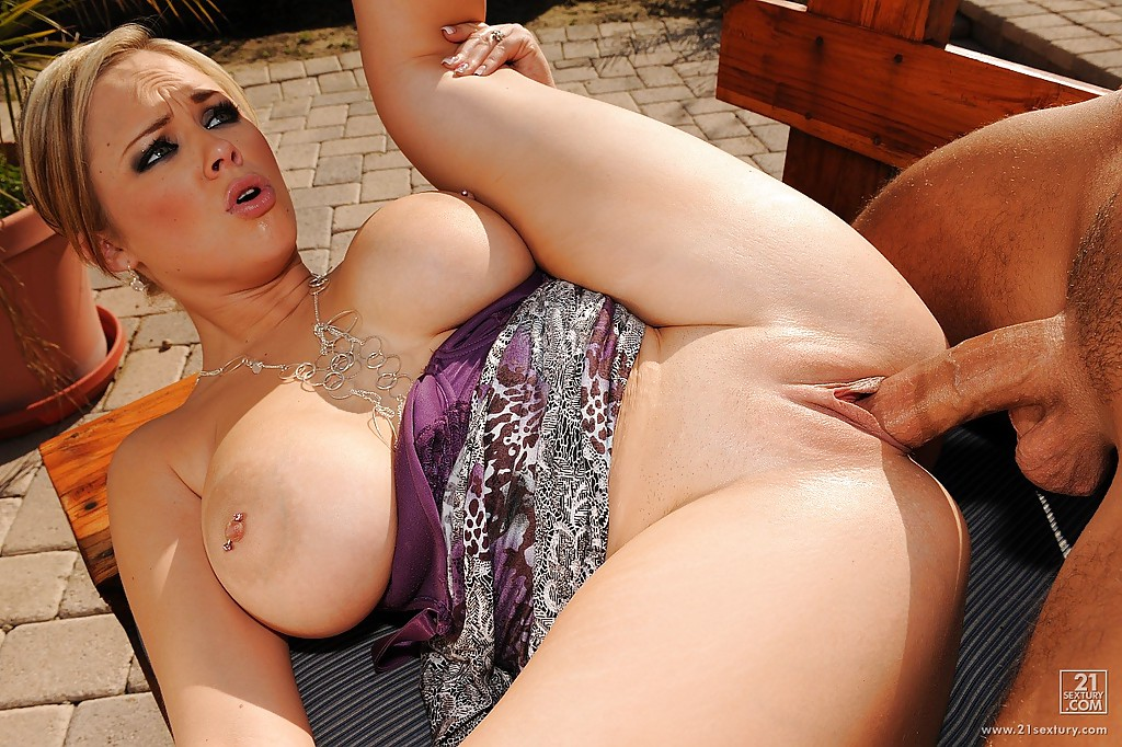 hot sexyjapanese big tits