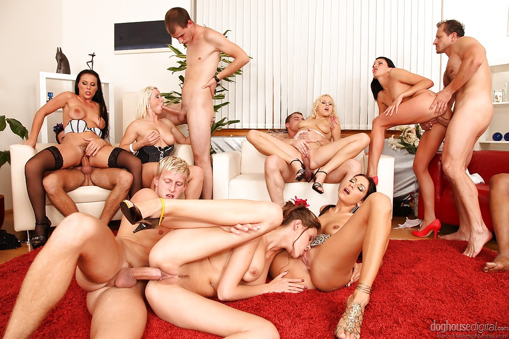 Swingers Orgies Sweetheart Booty Of The Day 1