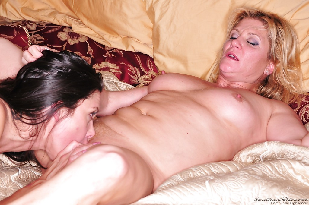 ginger lynn pussy lick sex pictures gallery