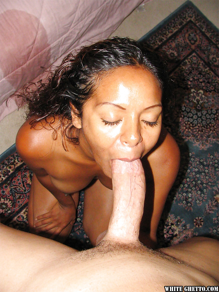 Ebony Sucks White Dick