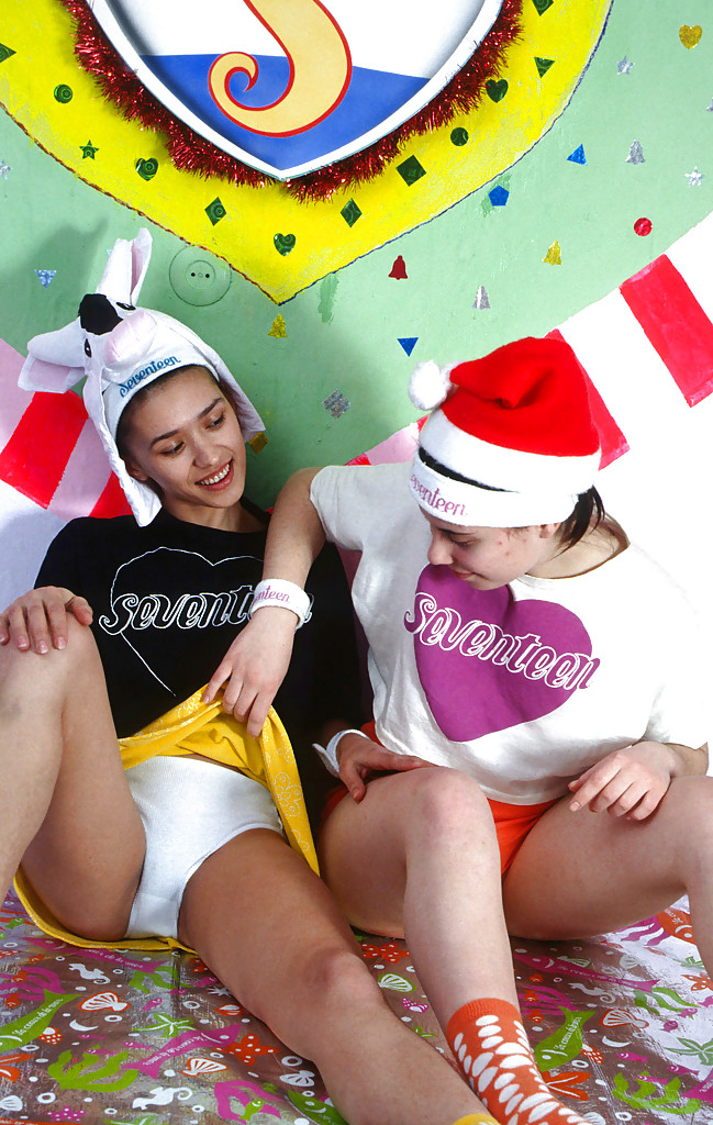 Lecherous teenage gals getting horny and having some lesbian fun
