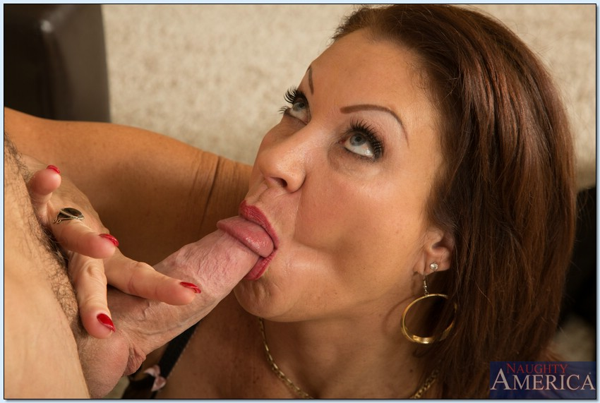 lusty mature lady in stockings vanessa videl gets shafted hardcore