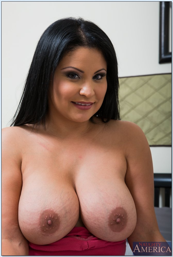 Sexy latino big boobs gets naked