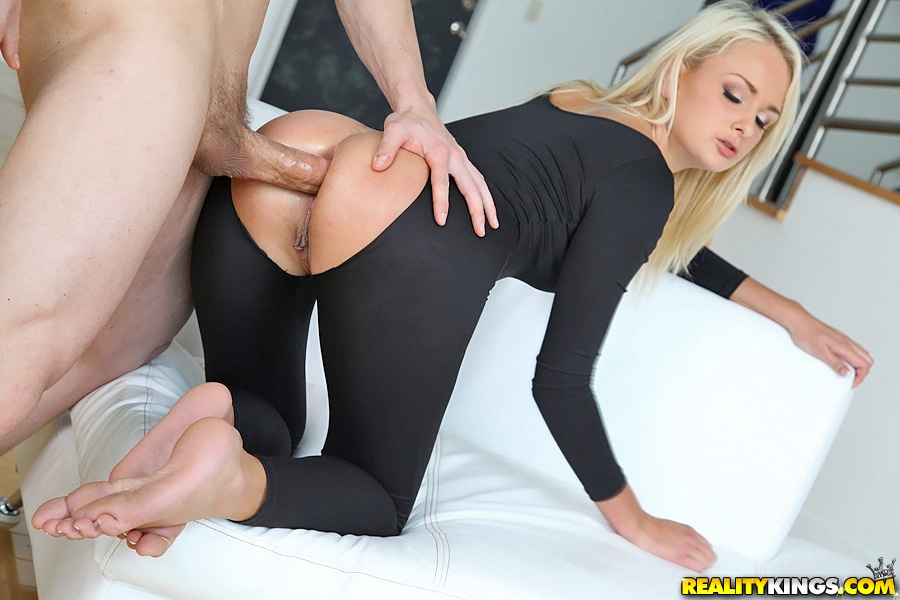 ... Cum starving Maya Hills is into CFNM foursome with her friends ...