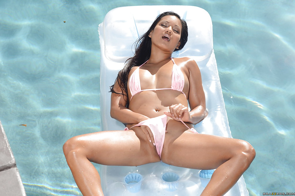 Pretty babe in bikini Lana Violet revealing her tits and teasing her slit