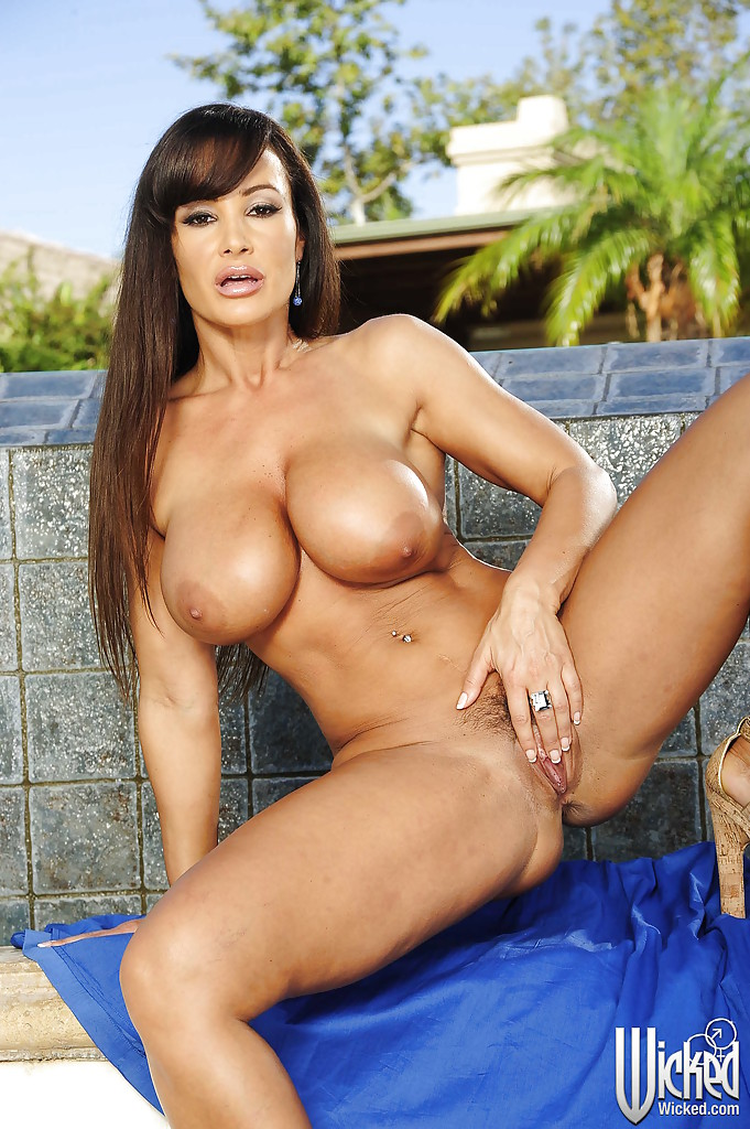 nude pictures of lisa ann