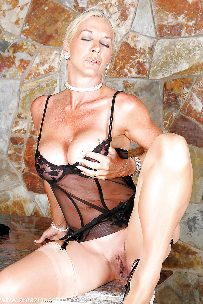 sexy smoking milf