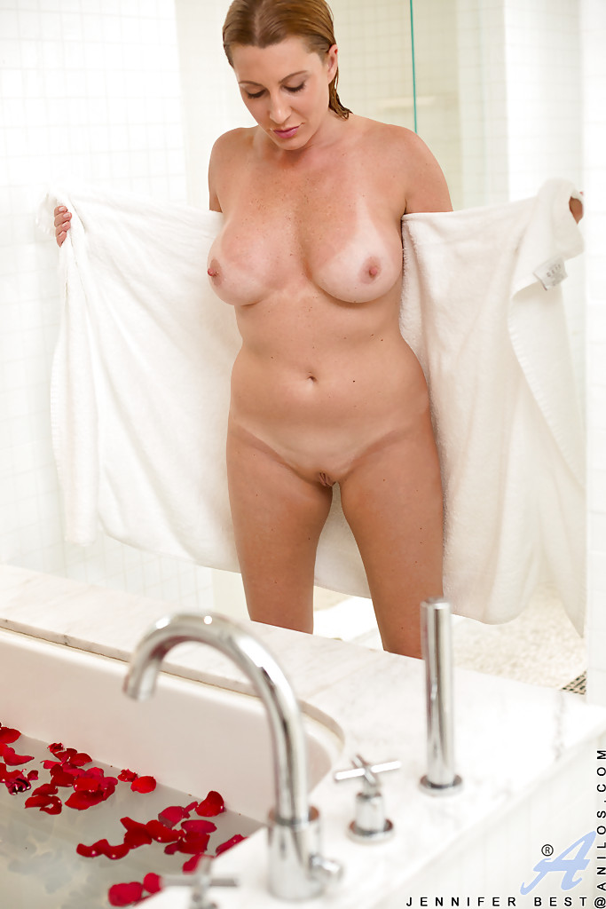 Hot Girl Gets Fucked Shower