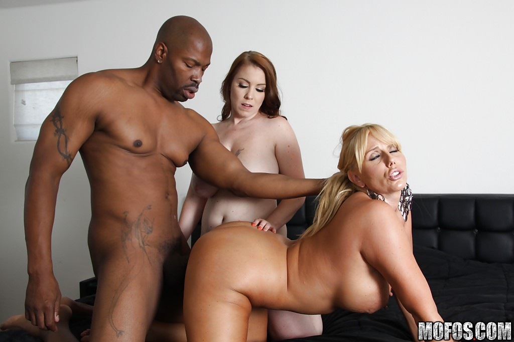 black-mom-sexs