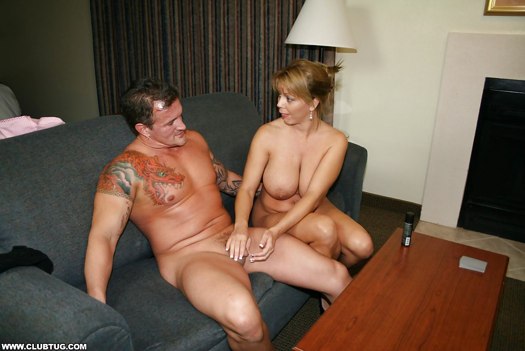 image Amber lynn bach gives a great blowjob
