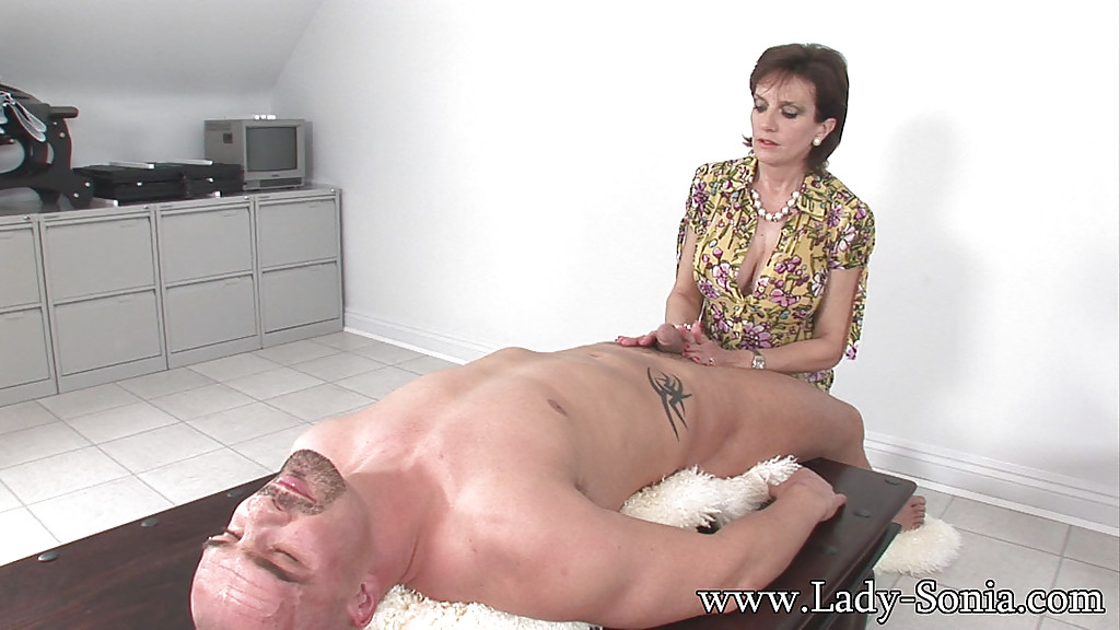 Brunette mature old sexy