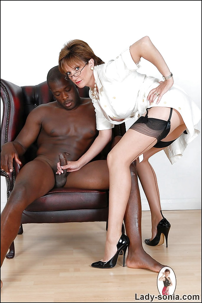 Mature lady with a black guy