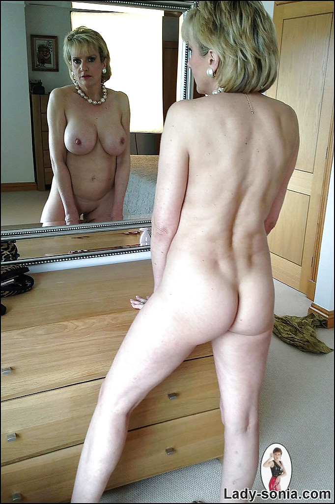 pictures of the girls next door naked
