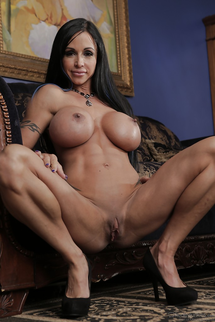 Beautiful latina lesbians strip and eat snatch on bed 2